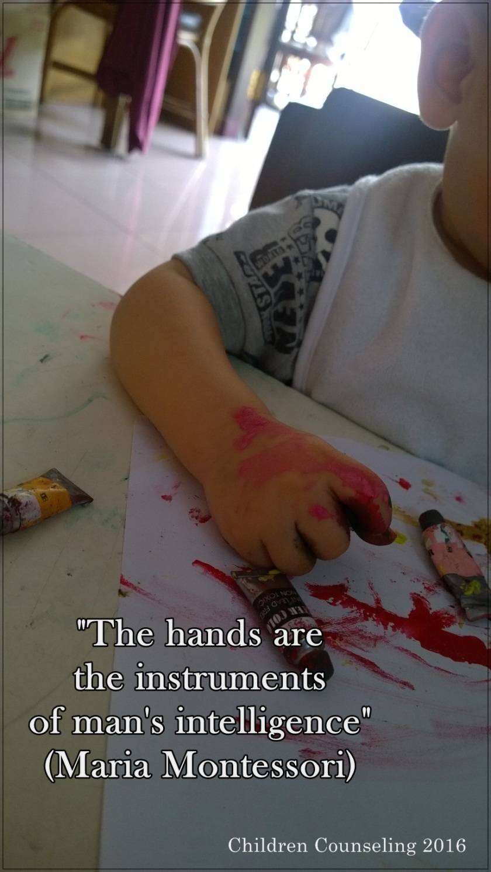 Hands - Montessori